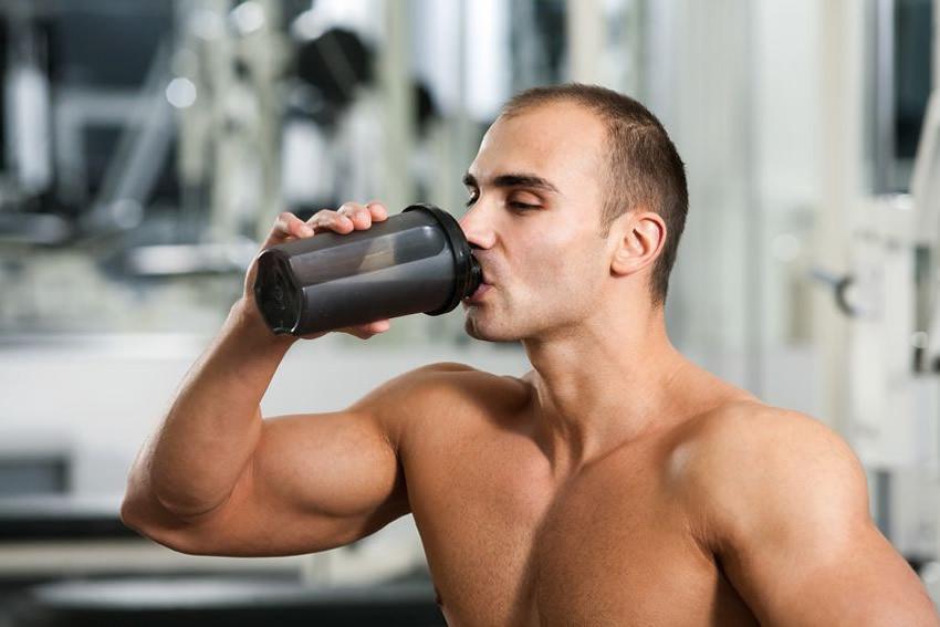 Hướng dẫn cách pha Whey Protein bằng bình Shaker.