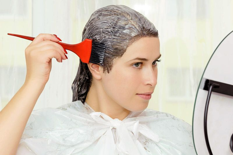 Bầu 7 tháng có nhuộm tóc được không? - Mẹ bầu 7 tháng có thể nhuộm tóc với điều kiện thuốc nhuộm nên có nguồn gốc từ thiên nhiên để giữ an toàn cho mẹ & bé.