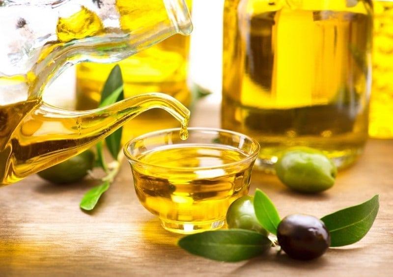 Dầu oliu nguyên chất không bị biến đổi hay tách lớp dù để ở nhiệt độ thấp