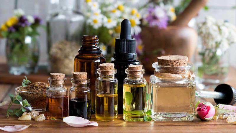 Bạn nên mua tinh dầu sả nguyên chất ở những địa chỉ uy tín, chất lượng