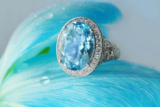 Trang sức đính đá Sapphire cho người mệnh Thủy